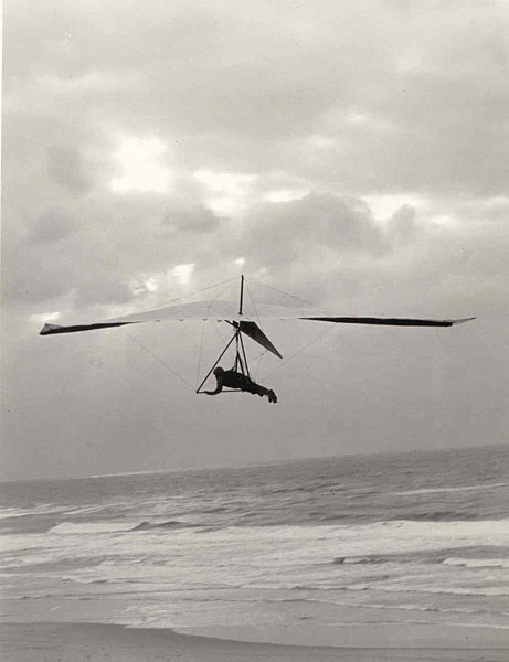 1st high performance hang glider