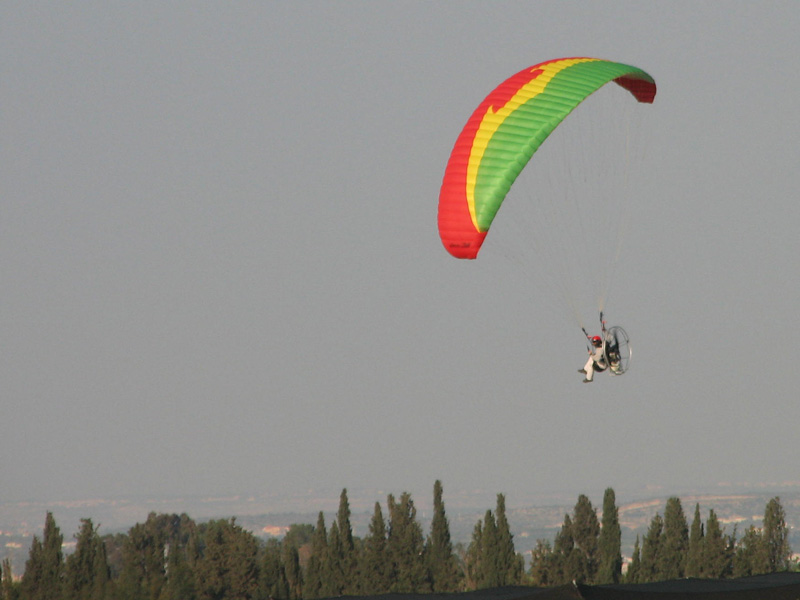 Thrust HP over spring fields - Israel